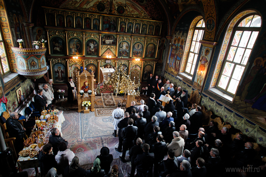 biserica-voslobeni-03